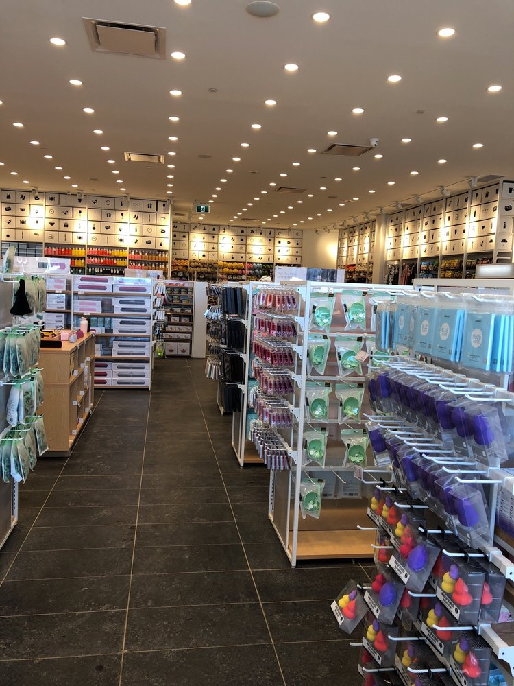 Miniso department stores 2031 99 street nw edmonton for Kitchen cabinets 99 street edmonton