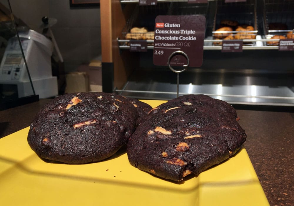 View the entire Panera Bread menu, complete with prices, photos, & reviews of menu items like chocolate chip cookies, Strawberry Poppyseed Salad, and Chicken Salad.