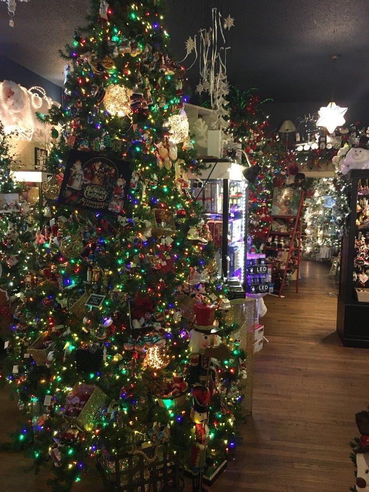 General Store: 4423 220th Trl, Amana, IA