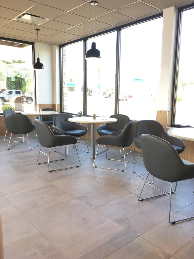 McDonald's: 1012 W Main St, Shelbyville, IL