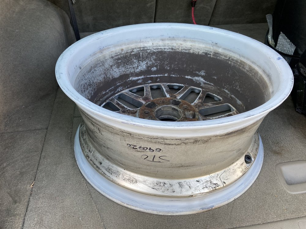 Hubcap Heaven & Wheels: 557 Rodi Rd, Pittsburgh, PA