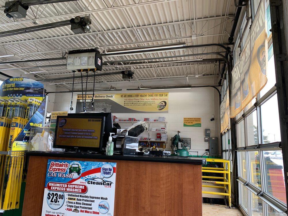 Brittain's Express Oil & Lube: 1570 Larkin Ave, Elgin, IL