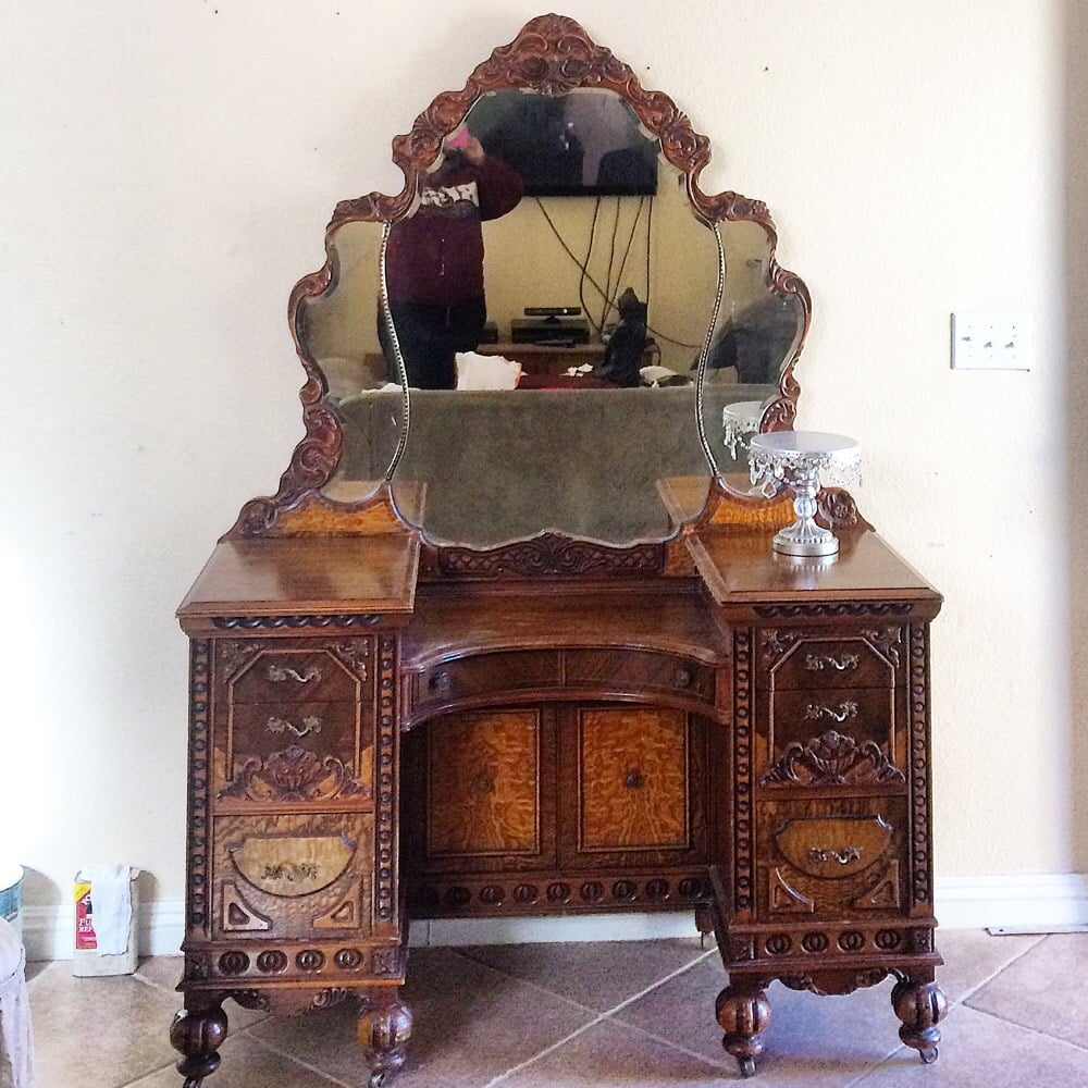 Beautiful Circa 1920 S Vanity Desk Before Painting Yelp