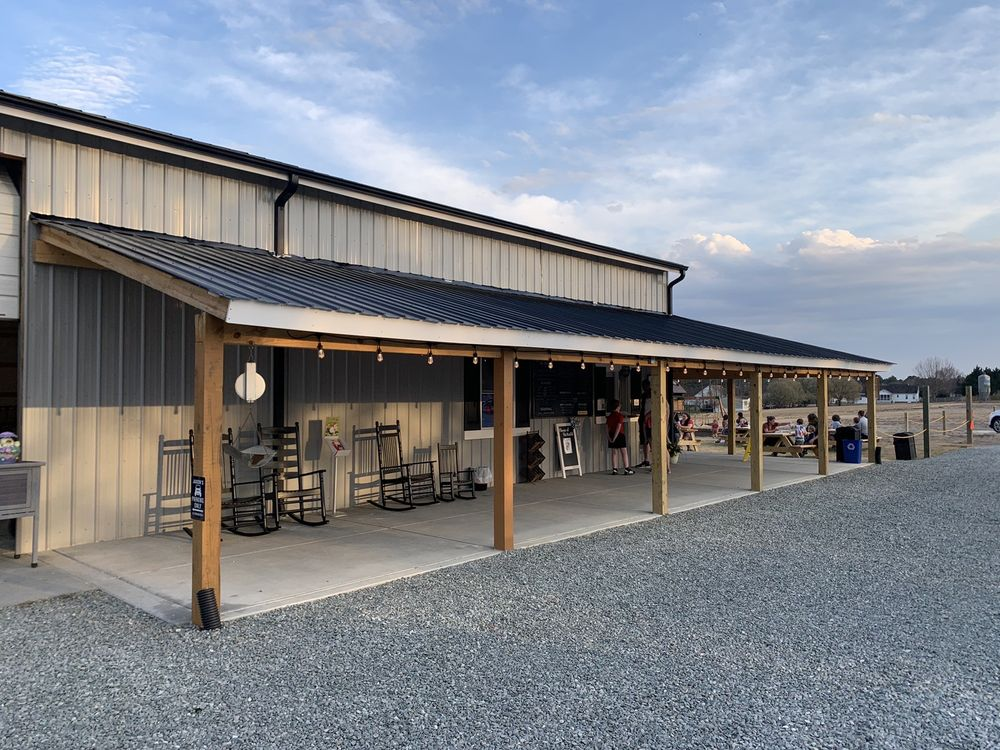 The Scoop! @ Willow Oak Farms: 1530 Lafayette Rd, Fuquay-Varina, NC