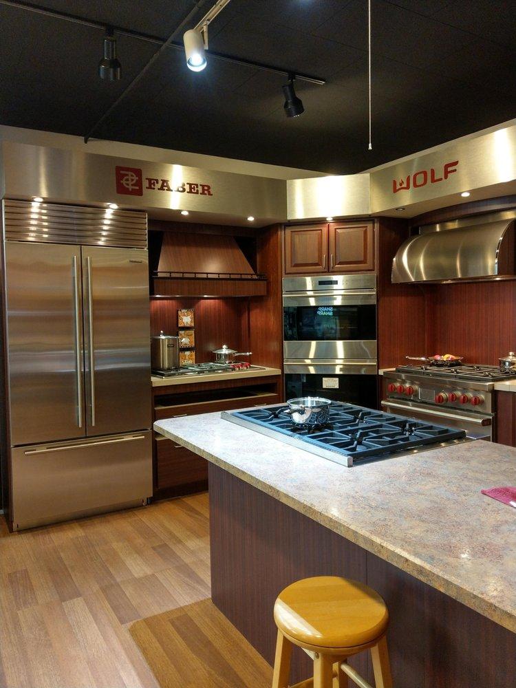 Patten's Appliance Center: 309 Bridge St, Caldwell, OH