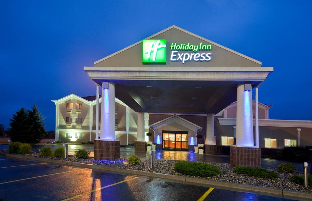 Holiday Inn Express - Jamestown: 803 20th St SW, Jamestown, ND