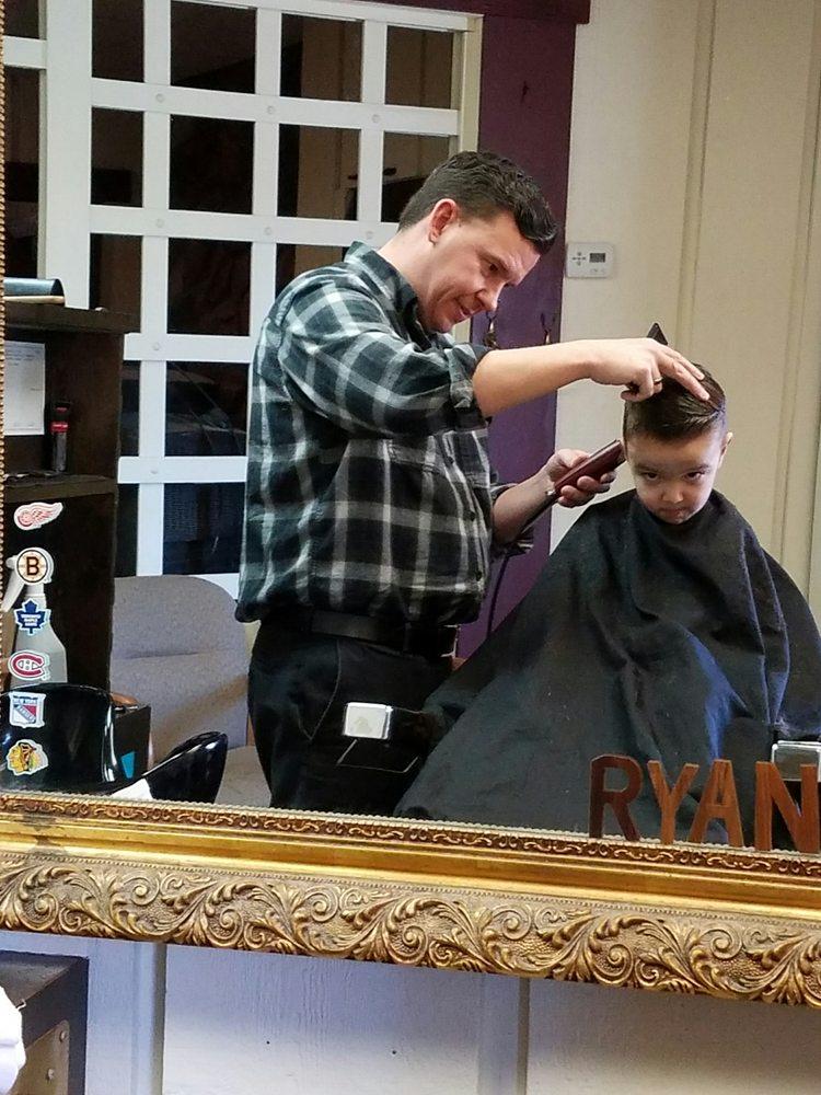 Lions Den Unisex Hair Salon: 6761 Allen Rd, Allen Park, MI