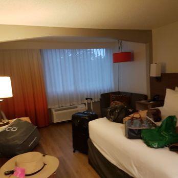 red lion hotel atlanta airport 59 photos 82 reviews. Black Bedroom Furniture Sets. Home Design Ideas