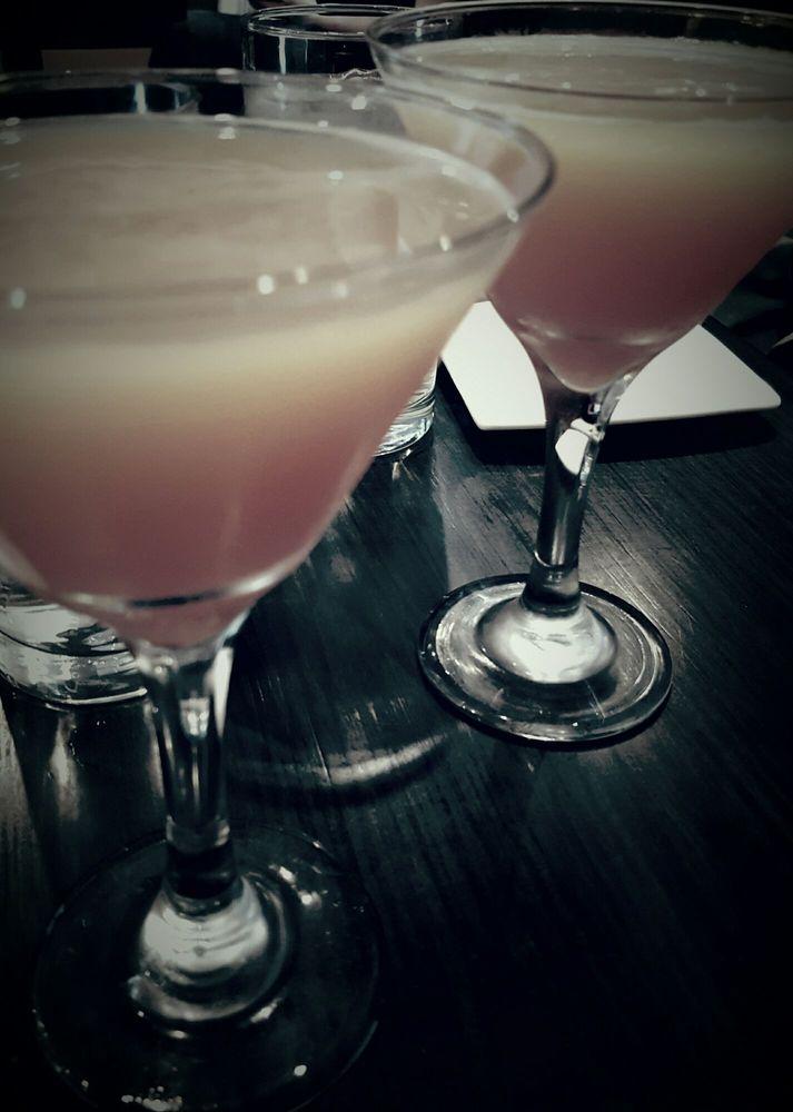 Blood orange martinis by morgan yelp for Elite motors stamford ct