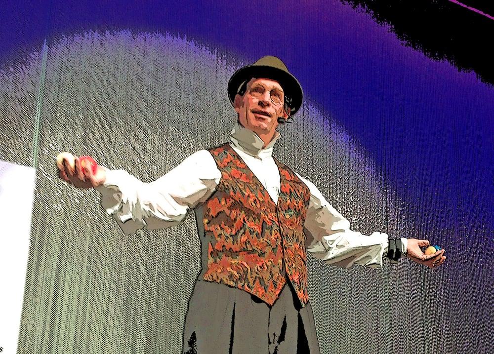 Frisco Fred - Comedy, Magic & Crazy Stunts