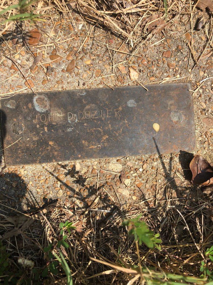 Herd Cemetery: 2972 Co Rd 53, Calico Rock, AR