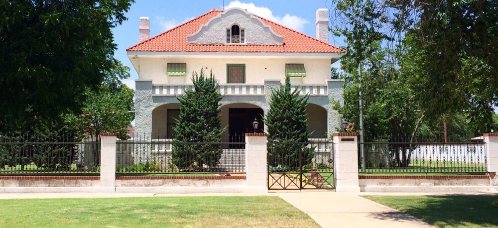 Clary Sage Bed & Breakfast - Roswell