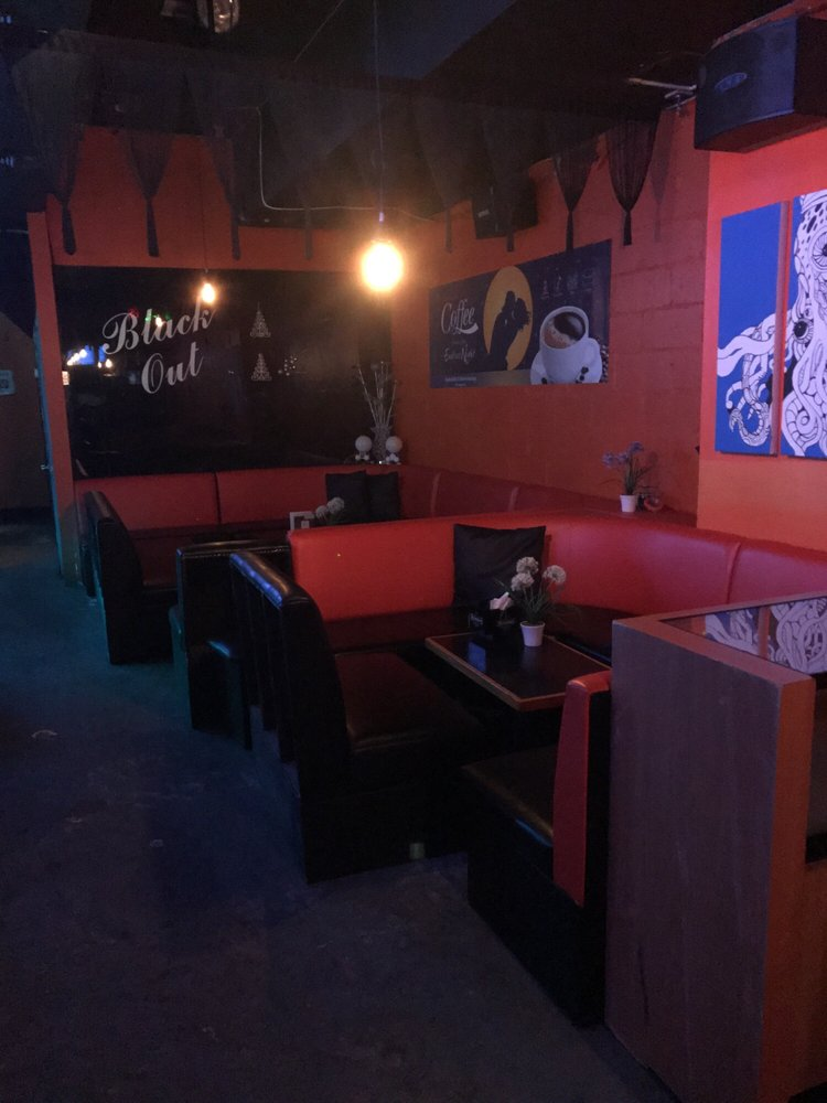 Black Out Lounge: 133-16 39th Ave, Queens, NY