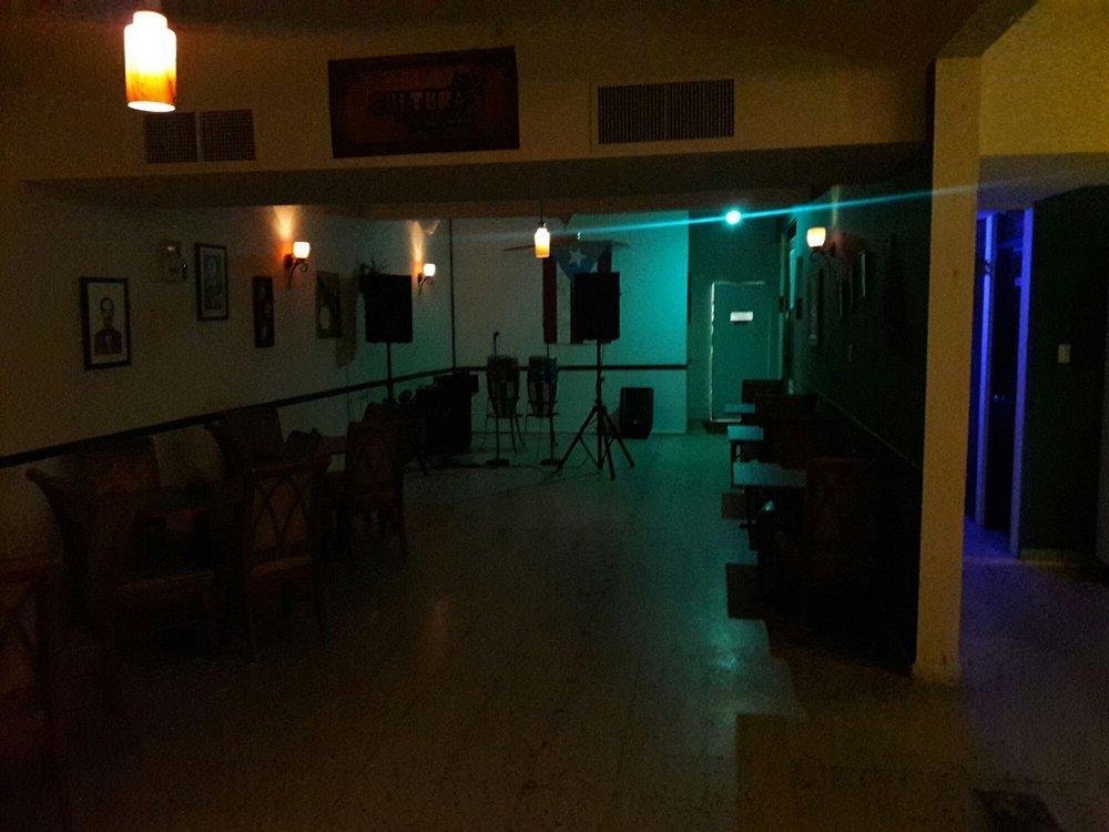 Cultura La Casa de La Salsa: Calle Fernández Garcia 276, Luquillo, PR