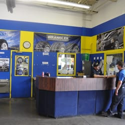 Acorn Tire 20 Reviews Tires 1580 N Aurora Rd Naperville Il
