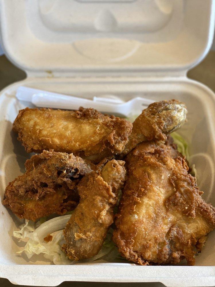Blue Ginger Cafe: 409 7th St, Lanai City, HI
