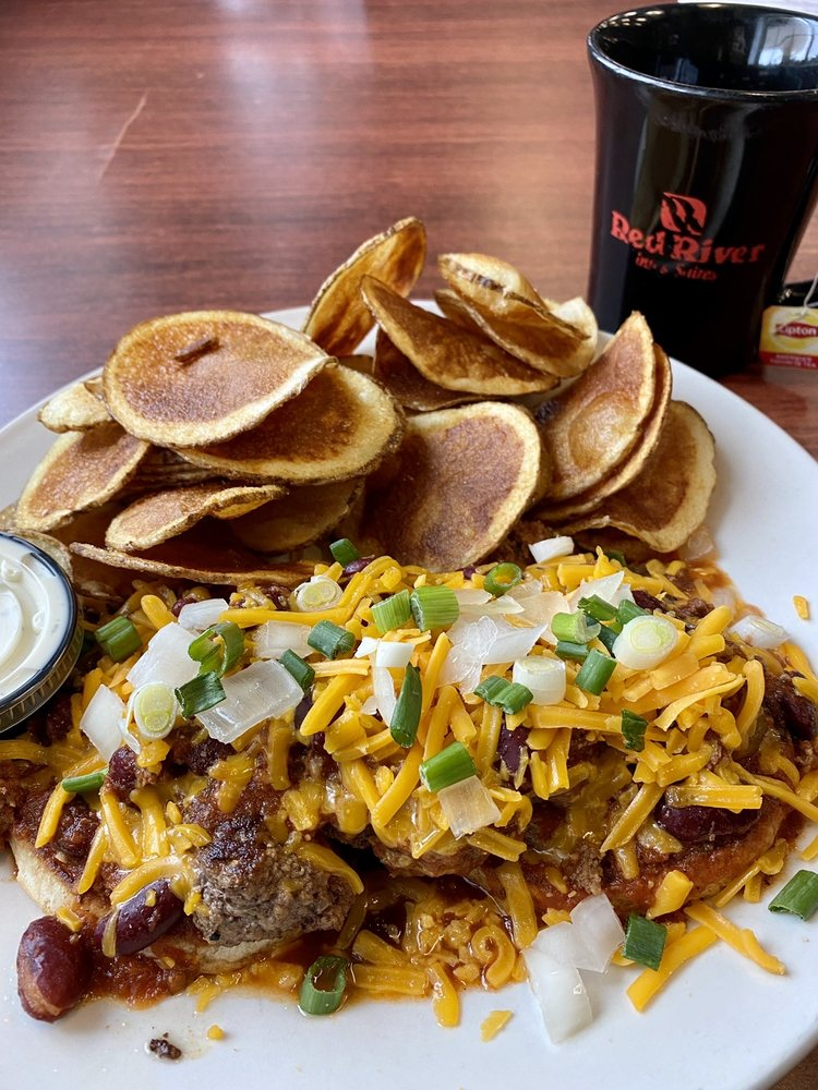 Red River Bistro: 410 Montana Ave W, Baker, MT