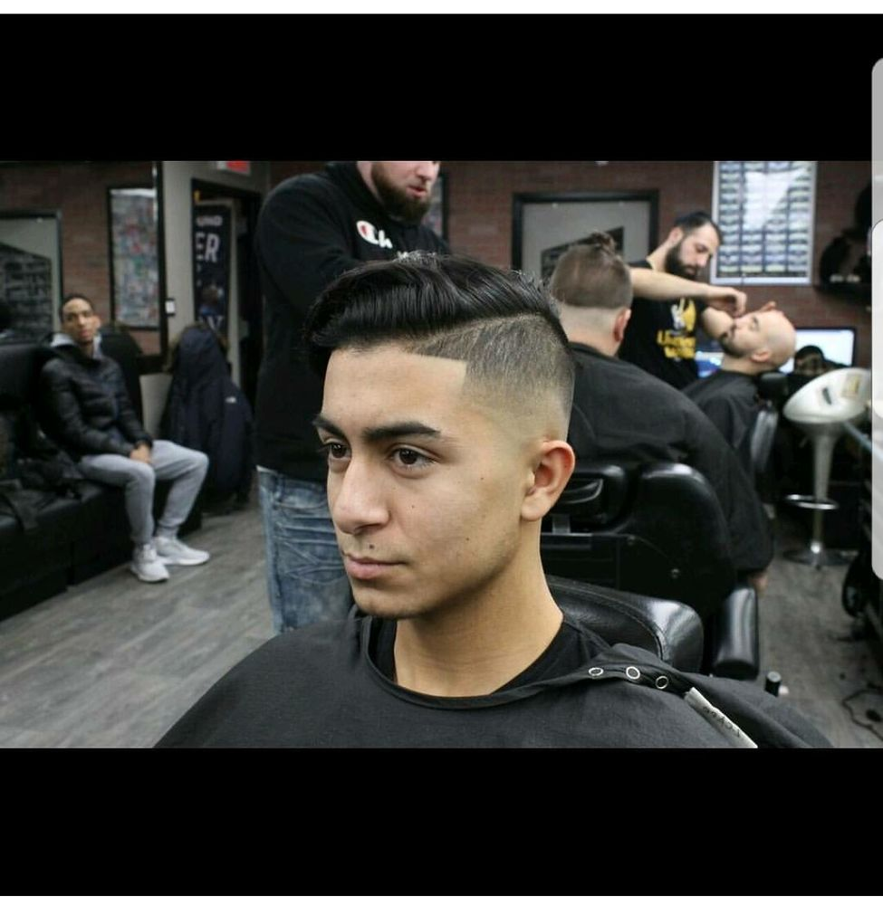 Underground Barber Shop: 61-07 Utopia Pkwy, Fresh Meadows, NY