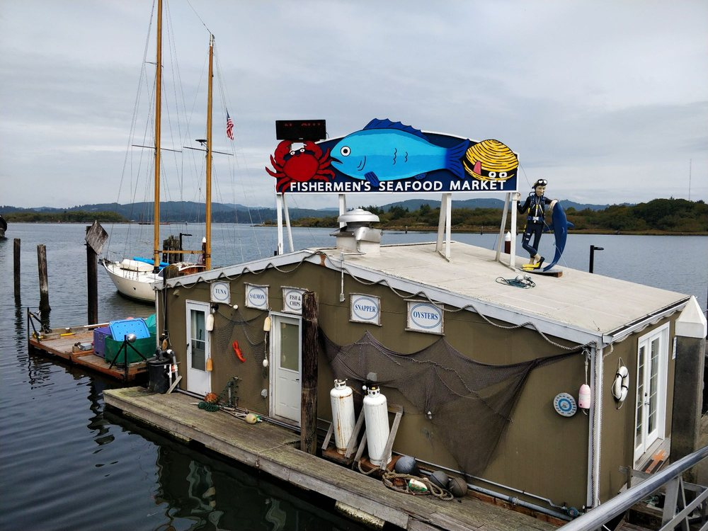 Fishermen's Seafood Market: 200 S Bayshore Dr, Coos Bay, OR