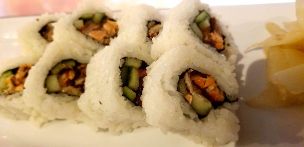 Go Sushi: 2701 Pinole Valley Rd, Pinole, CA