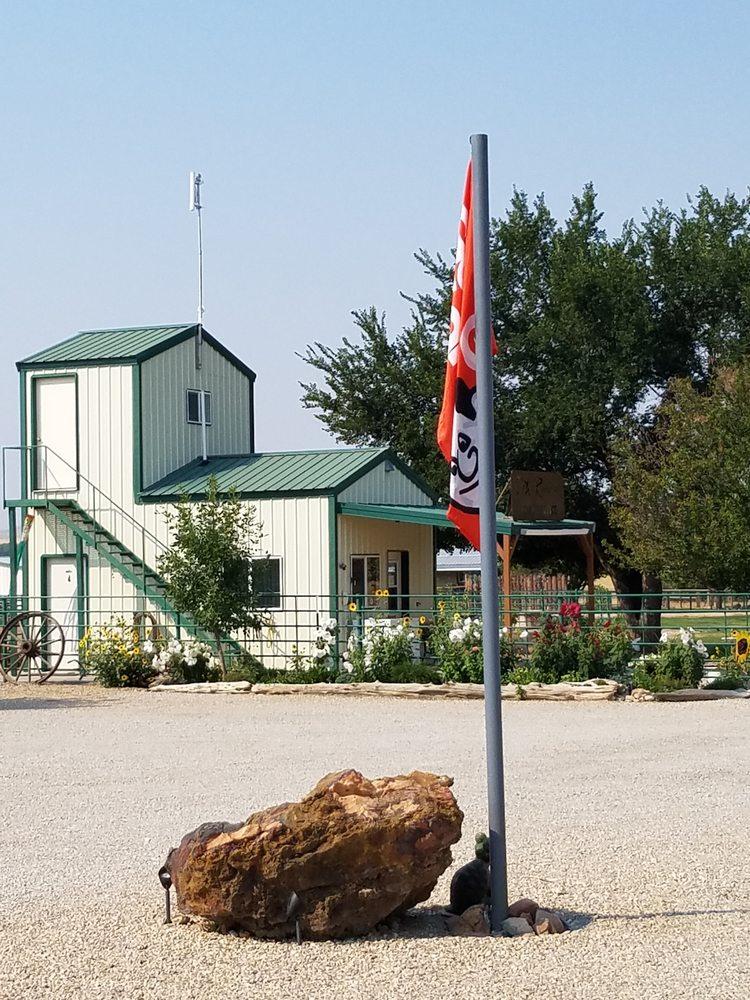 7th Ranch Rv Camp: 662 Reno Creek Rd, Garryowen, MT
