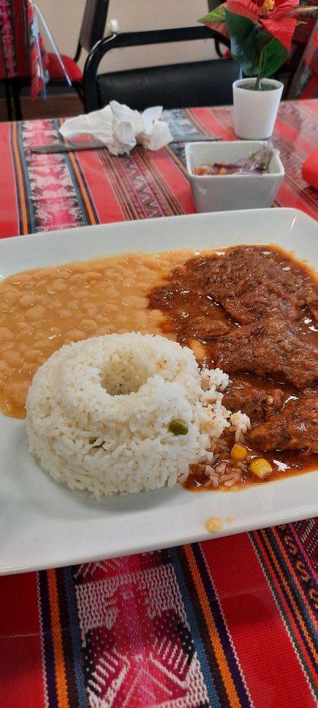 Gollita Peruvian Cuisine: 4313 E Morgan Ave, Evansville, IN