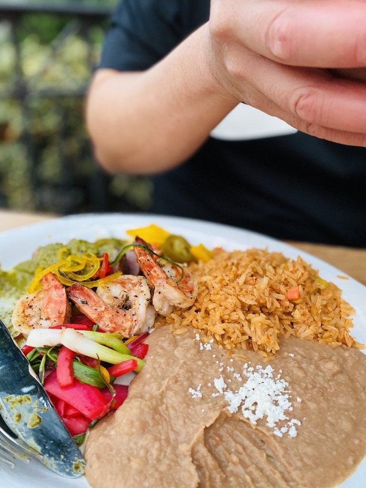 Choza Tacos Y Cantina: 3421 Blackhawk Plz Cir, Danville, CA
