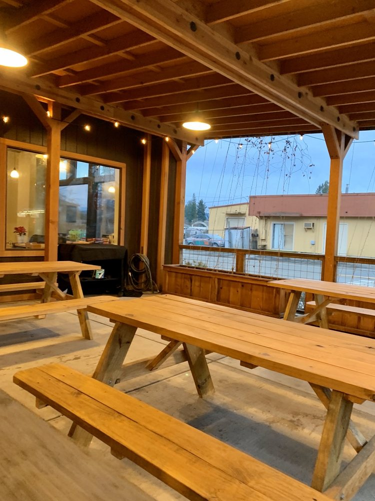 Northspur Brewing Company: 101 N Main St, Willits, CA