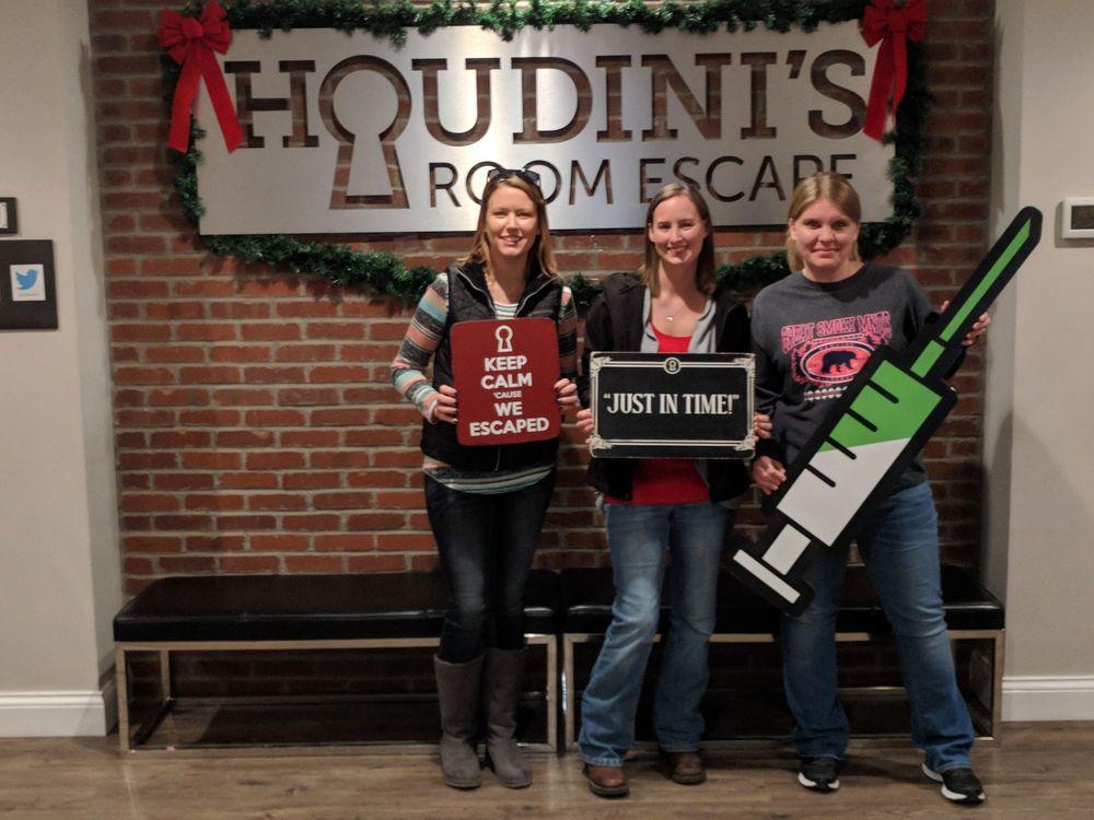 Houdini's Room Escape: 9309 Montgomery Rd, Cincinnati, OH