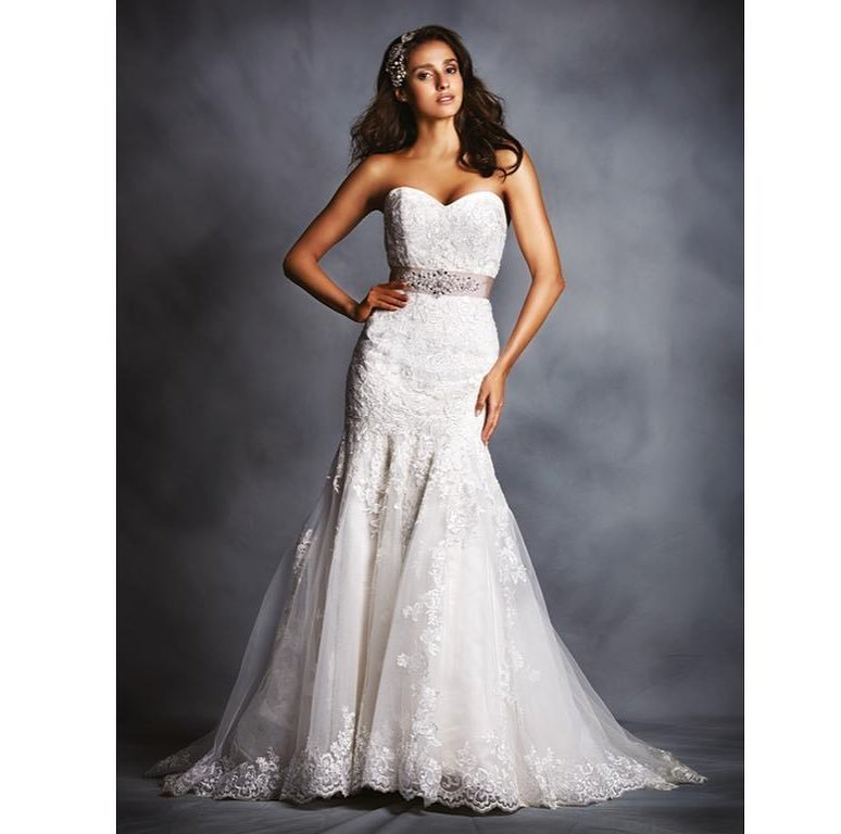 Sparrow Bridal Boutique - CLOSED - 148 Photos & 173 Reviews - Bridal ...