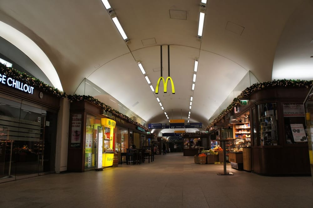 Bahnhof Hamburg-Dammtor