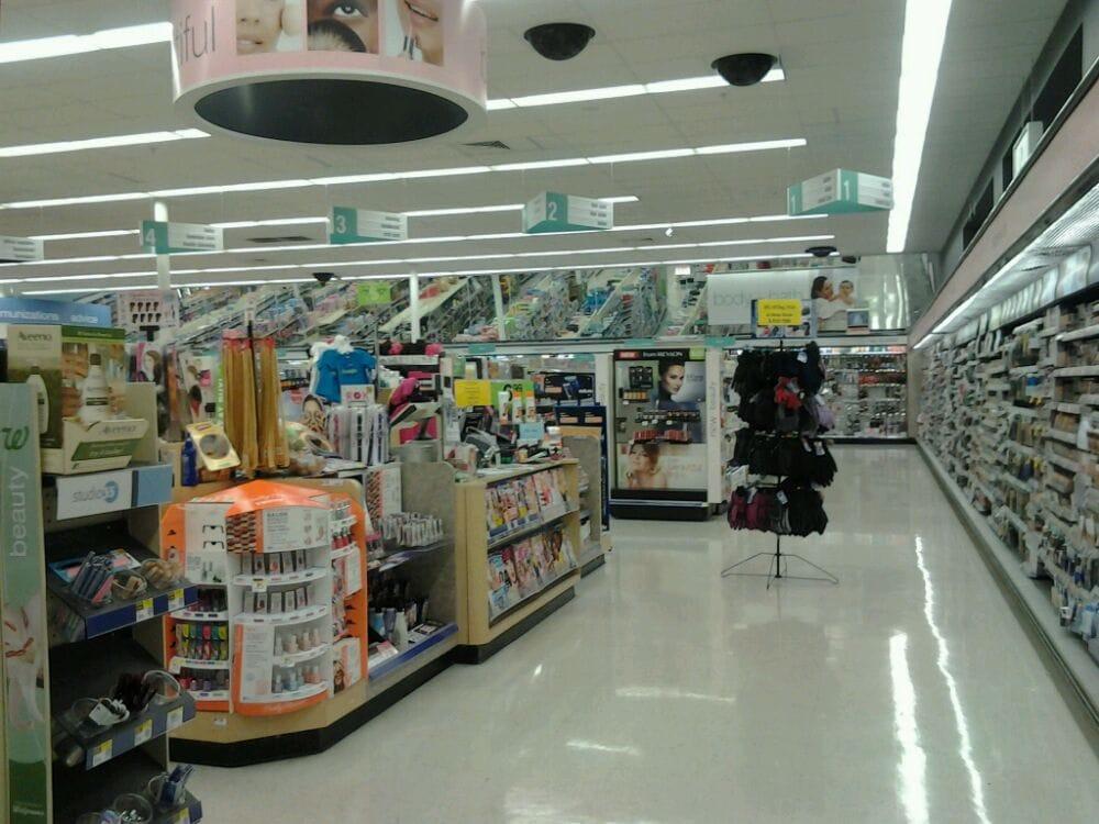 Walgreens: 1000 Hugh Ward Blvd, Flowood, MS
