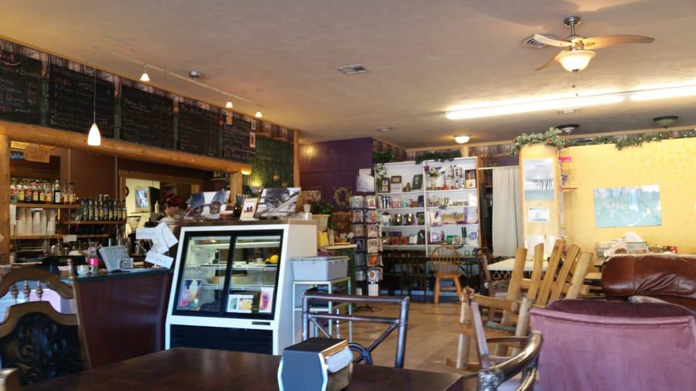Madison Coffee House: 319 SW Madison St, Madras, OR
