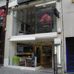 boutique numericable sfr t l phones portables 11 rue nationale centre lille num ro de. Black Bedroom Furniture Sets. Home Design Ideas