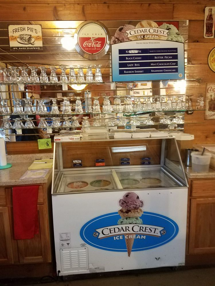Cooksville Country Store: 11313 N State Road 138, Evansville, WI