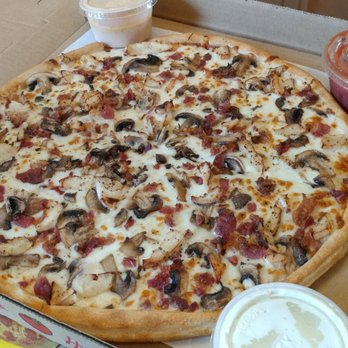 Unique Chivos Pizza