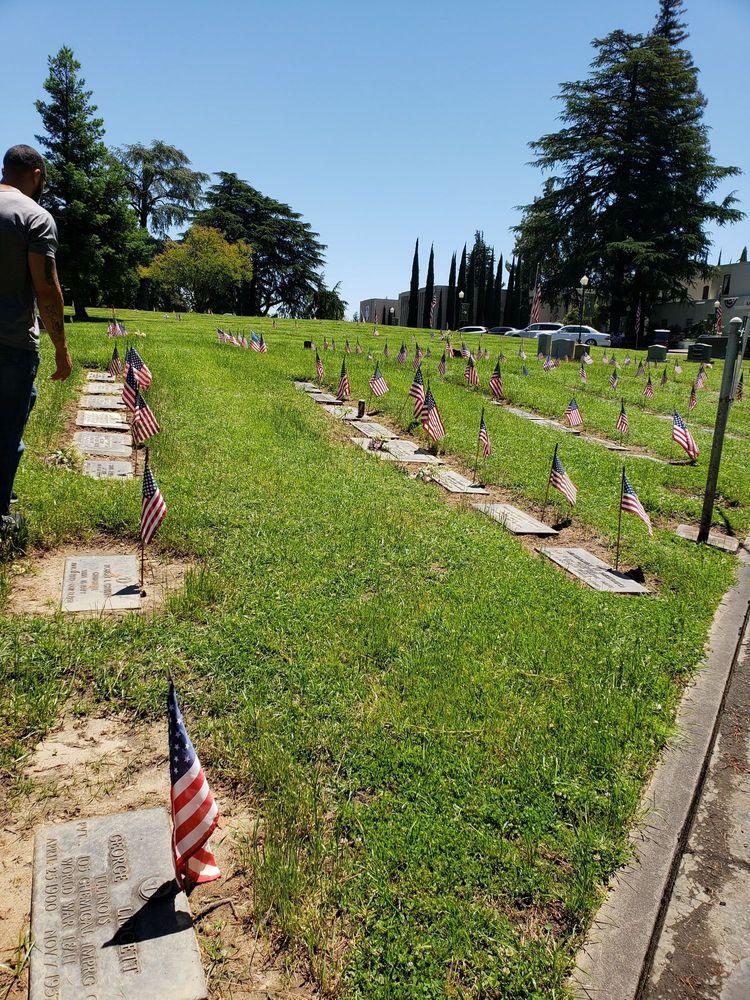 East Lawn Memorial Parks & East Sacramento Mortuary - 112