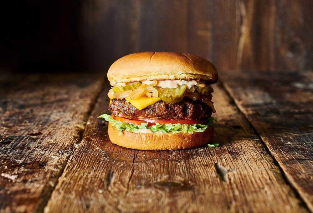 Burger Theory: 940 W Savidge St, Spring Lake, MI