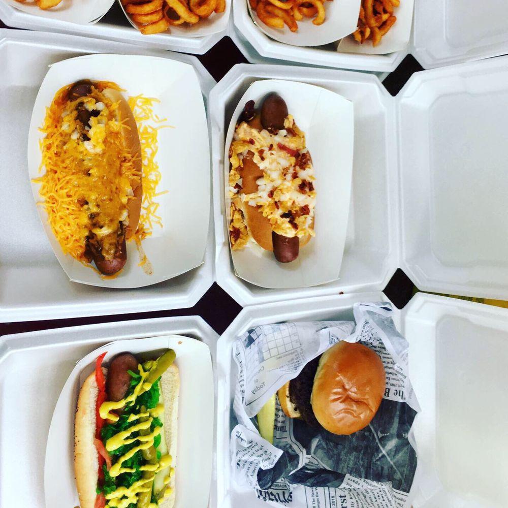 Dixie Dogz Cafe & Mobile Food Truck: 6549 GA-54, Sharpsburg, GA