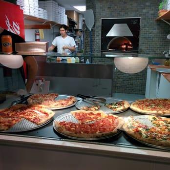 Pizza garden ubc 11 photos 19 reviews pizza 5780 Garden city pizza