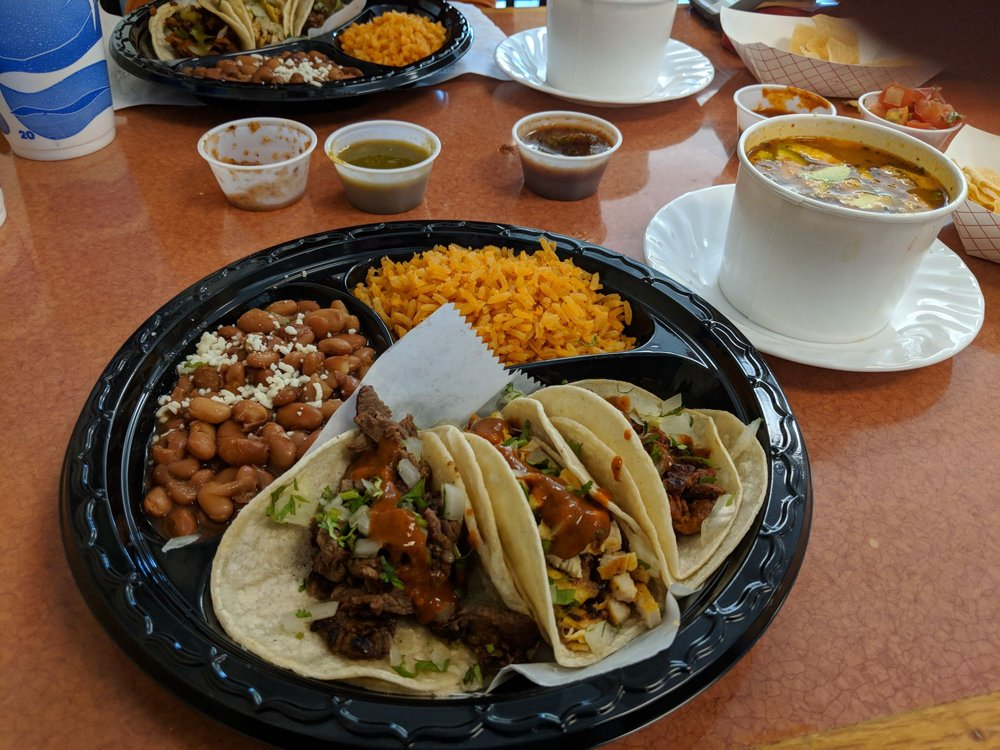 Baja Street Mexican Grill: 1113 Halsell St, Bridgeport, TX