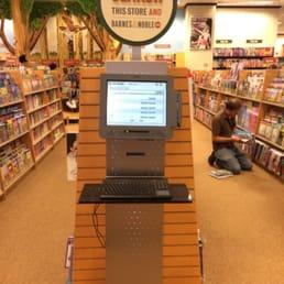 Barnes & Noble - 45 fotos e 56 avaliações - Livrarias ...