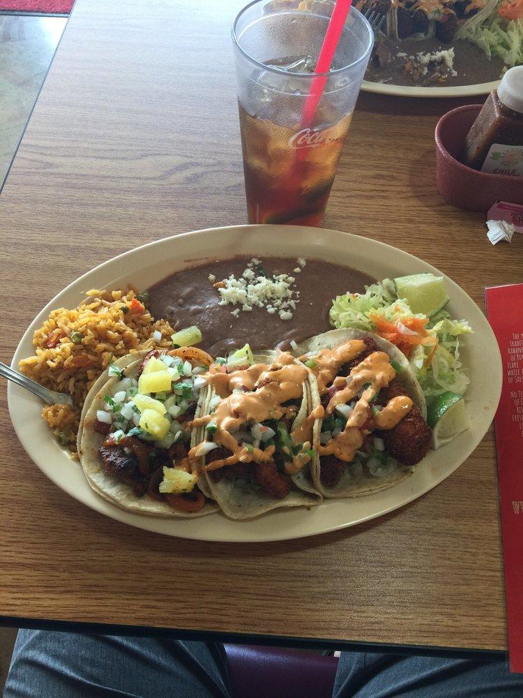 Habanero's Tacos: 1415 TX-146, Kemah, TX