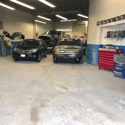 Universal auto body 22 foto carrozzerie 914 e main for Elite motors stamford ct