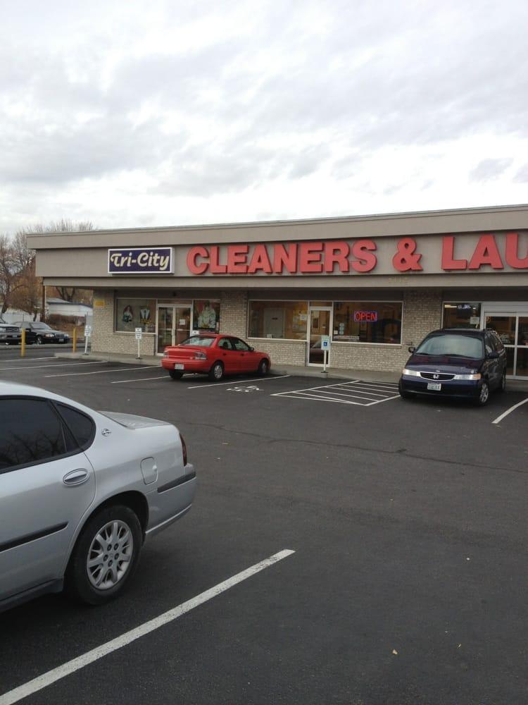 Tri City Cleaners & Laundromat: 3112 W Kennewick Ave, Kennewick, WA