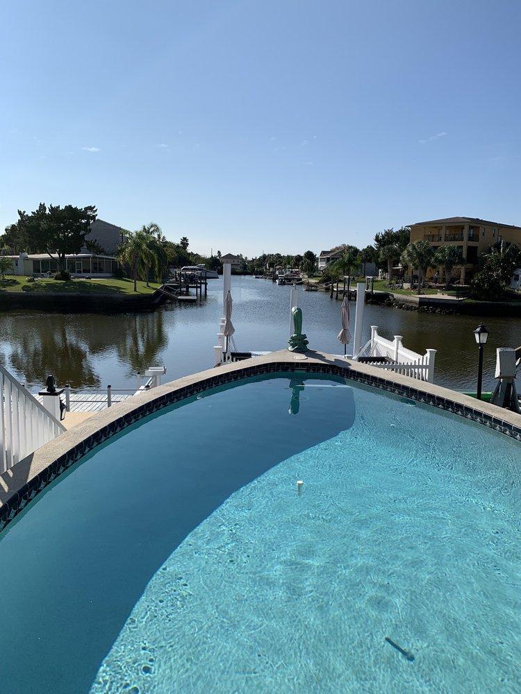 Hernando Beach Motel: 4291 Shoal Line Blvd, Hernando Beach, FL