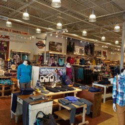 Duluth Trading Company 10 Photos Women S Clothing 1439 Bass