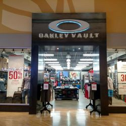 oakley outlet  Oakley Vault - 12 Photos - Eyewear \u0026 Opticians - 2700 Potomac ...