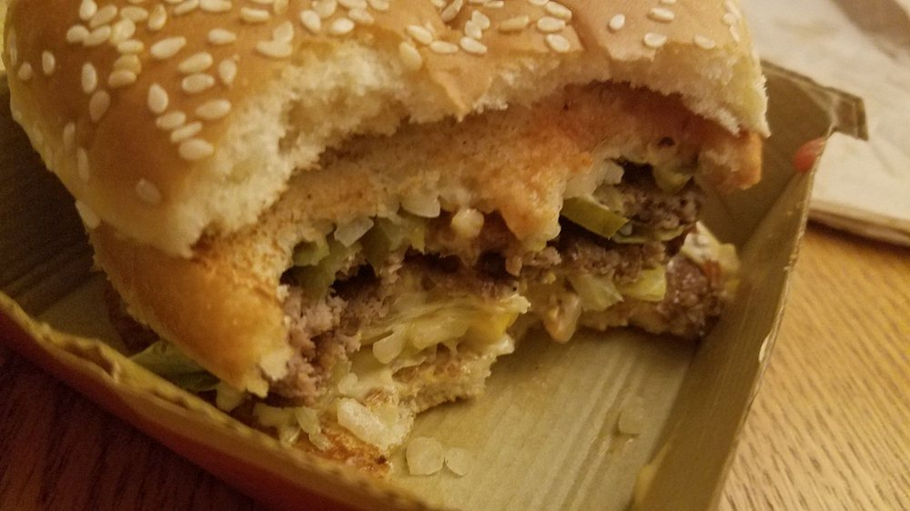 McDonald's: 150 E Ryno Rd, Coloma, MI