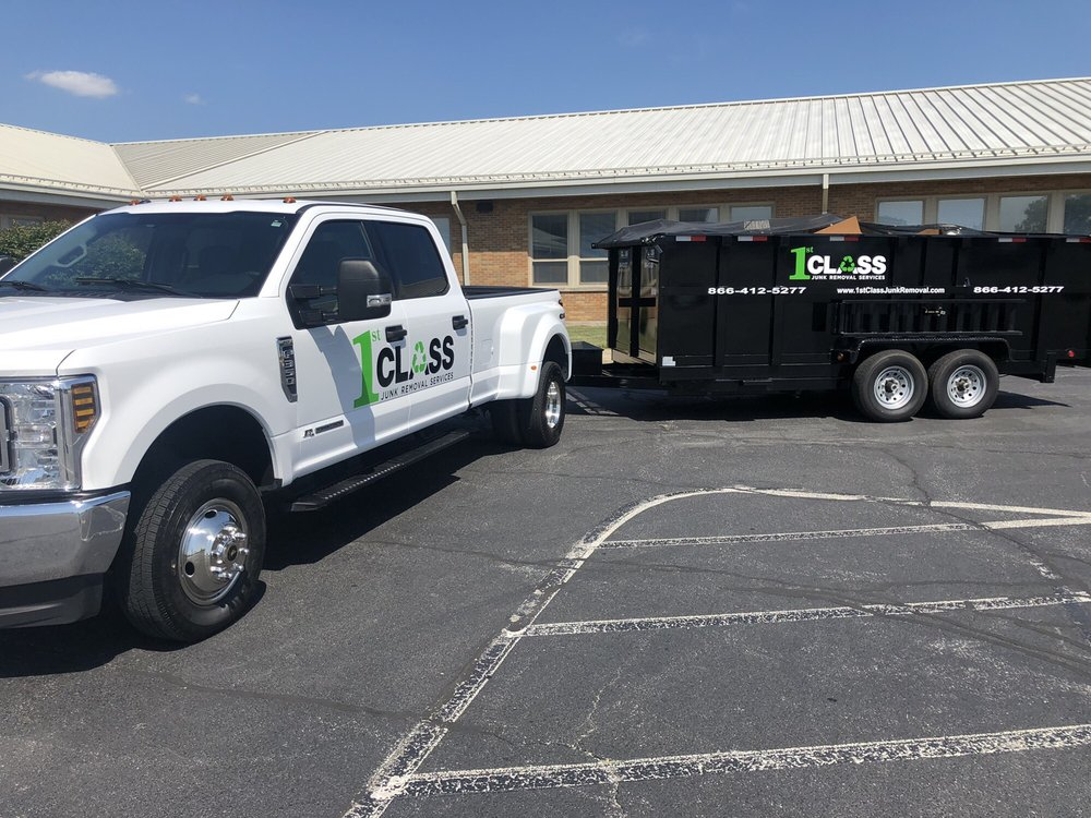 1st Class Junk Removal Services: Cedar Lake, IN